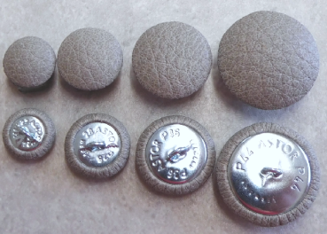Cushion buttons imitation leather light grey
